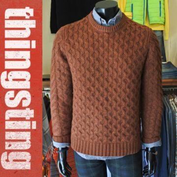 ラグ&ボーンのウールセーターを着る