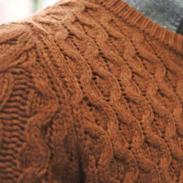 いいセーターの選び方。縫製 と糸(質感)。