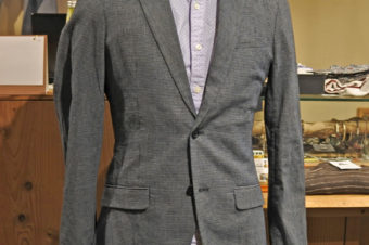ARMANI EXCHANGE/COTTON TAILORED JACKET/21,600