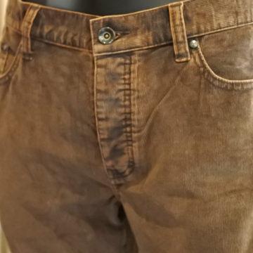 john varvatos/WASHED CORDUROY STRETCH PANTS/16,200