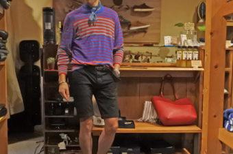 秋のシャツORニット