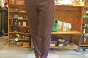 BARBATI/STRETCH CORDUROY PANTS/27,000